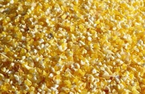 Подрібнена кукурудза